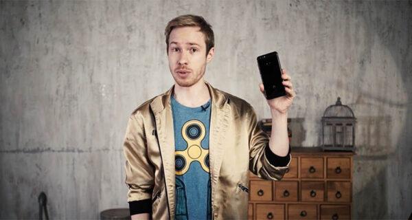 Smart is хорошо: Стас Давыдов отдаст вам смартфон за знания