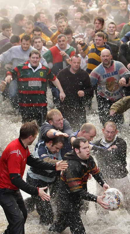 1433 Дербиширский футбол без правил