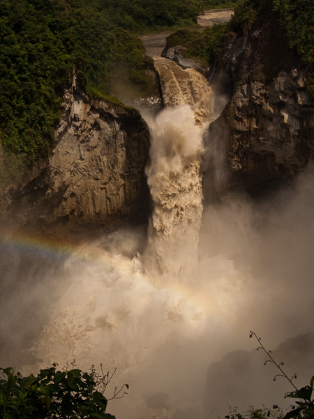 18) Arcairis. Cascada San Rafael, Ecuador. Altura Maxima 131 m.