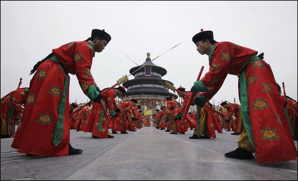 18) Выступление посвященное династии Цинь. (Reuters/Jason Lee)