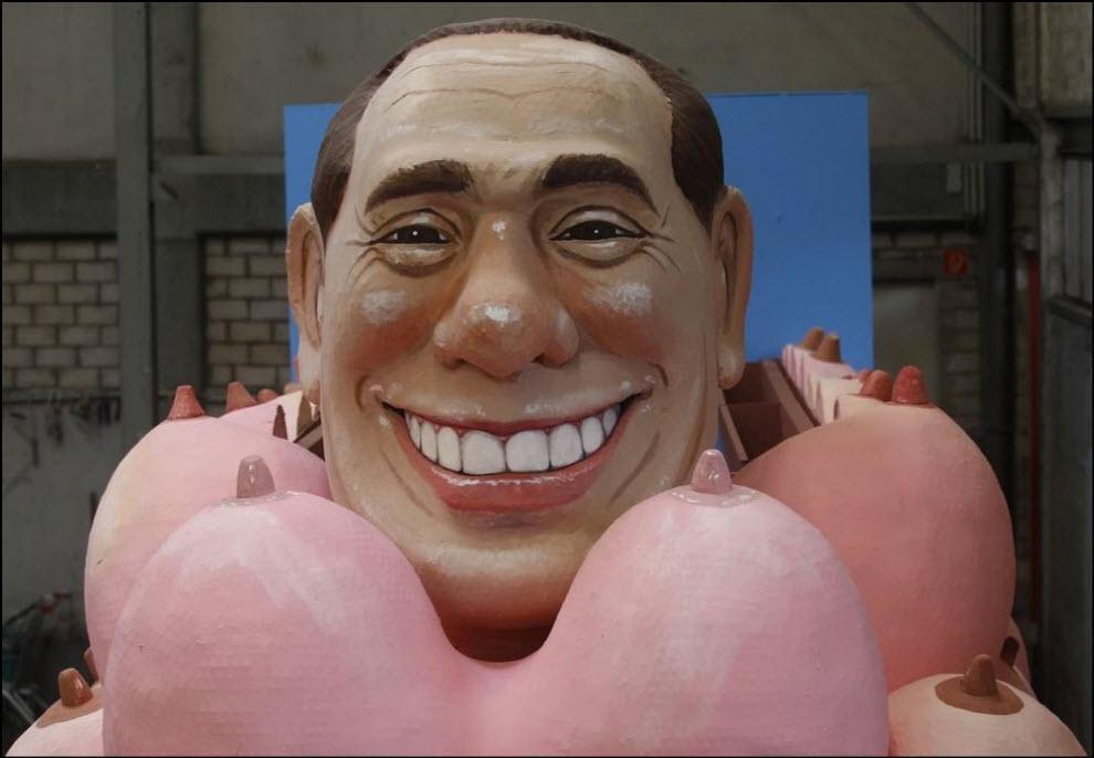 18) Скульптура Сильвион Берлускони, подготовка к параду в Кёльне.
