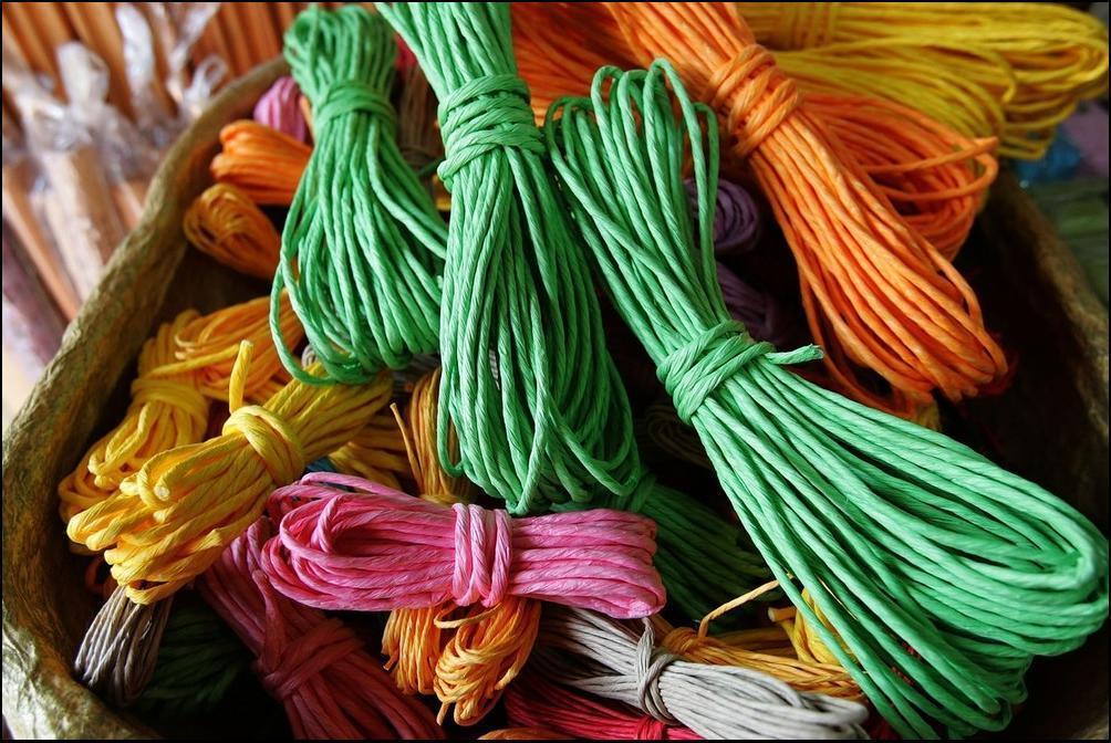 21) Из хэнчжи например делают вот такие цветные бечевки. (Getty Images/Chung Sung Jun)