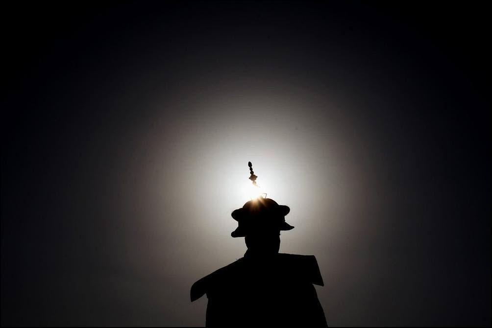 21) Артист в роли императора на представлении о династии Цинь. (Getty Images/Feng Li)