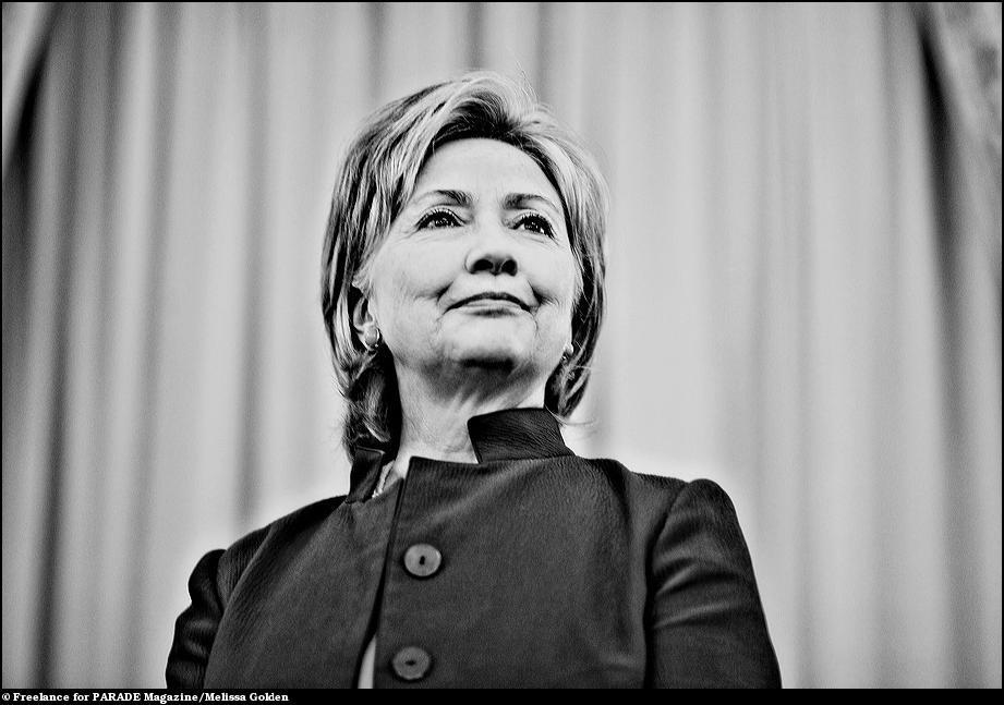23) Из жизни госсекретаря Хилари Клинтон.