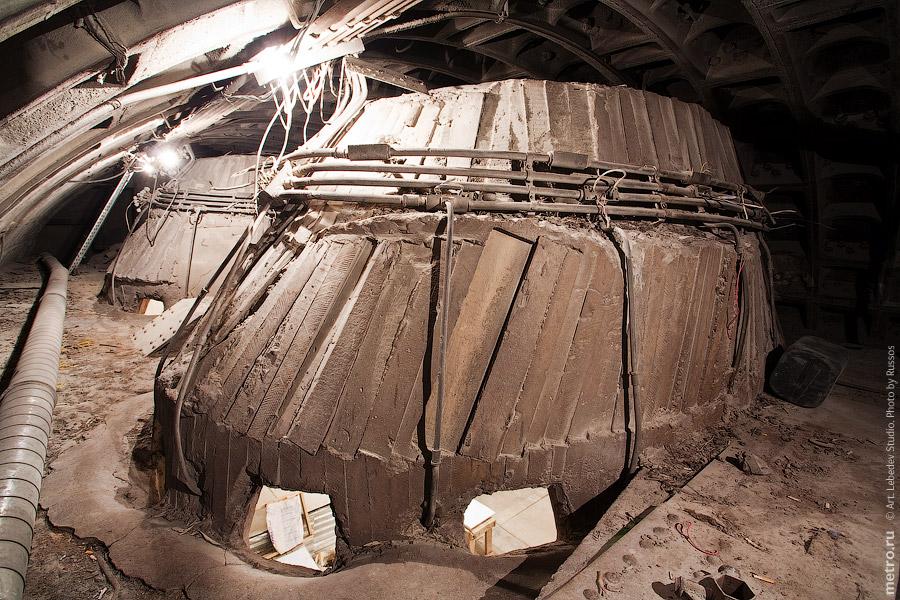 26. Купол, дырки и следы от опалубки.
