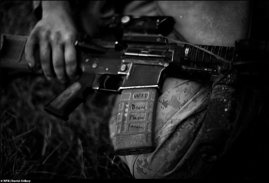 27) Репортаж о первом батальоне американских солдат, которые были посланы в Афганистан на борьбу с Талибаном уже новым президентом США Бараком Обамой.
