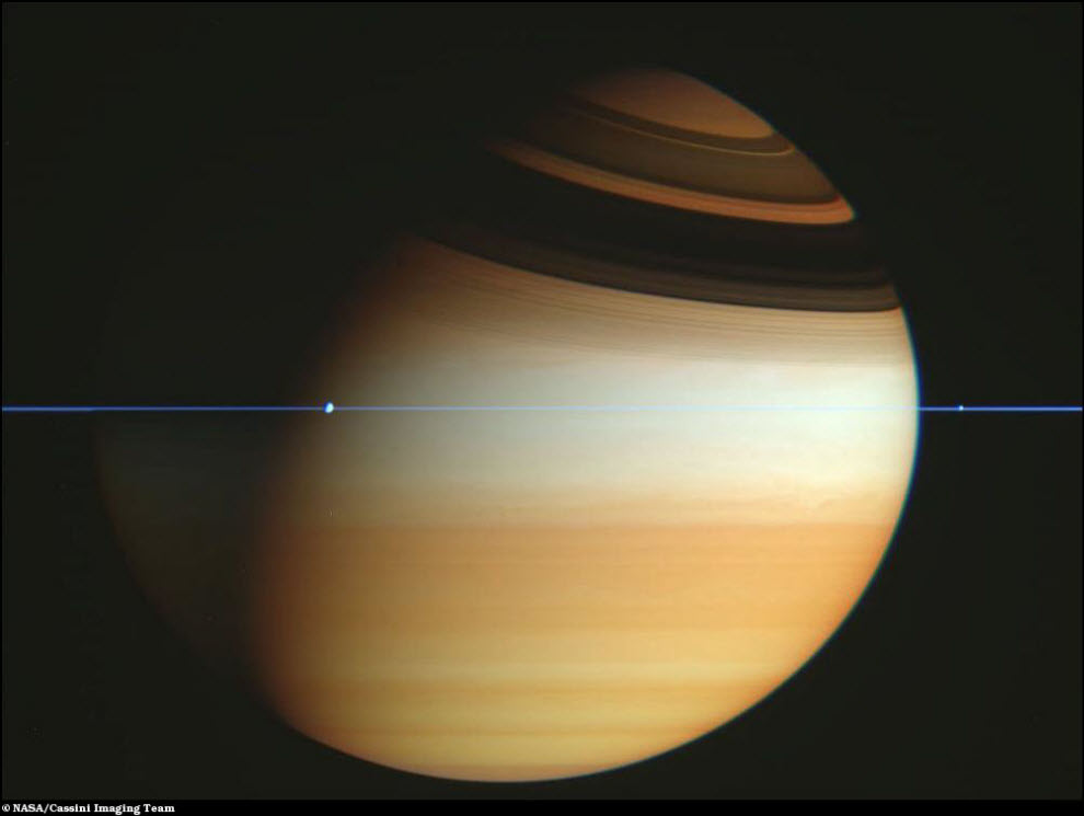31) Сатурн без колец.