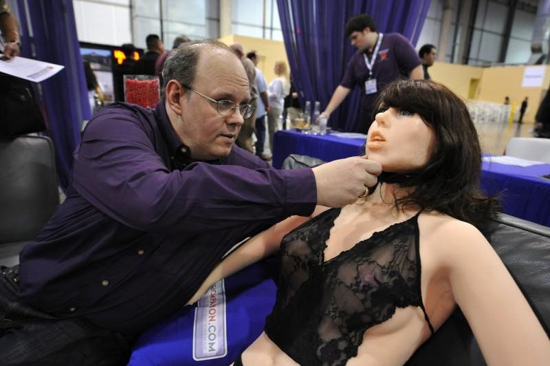 14. Первый секс-робот Roxxxy, разработанный дизайнером из TrueCompanion. (фото: Getty Images)