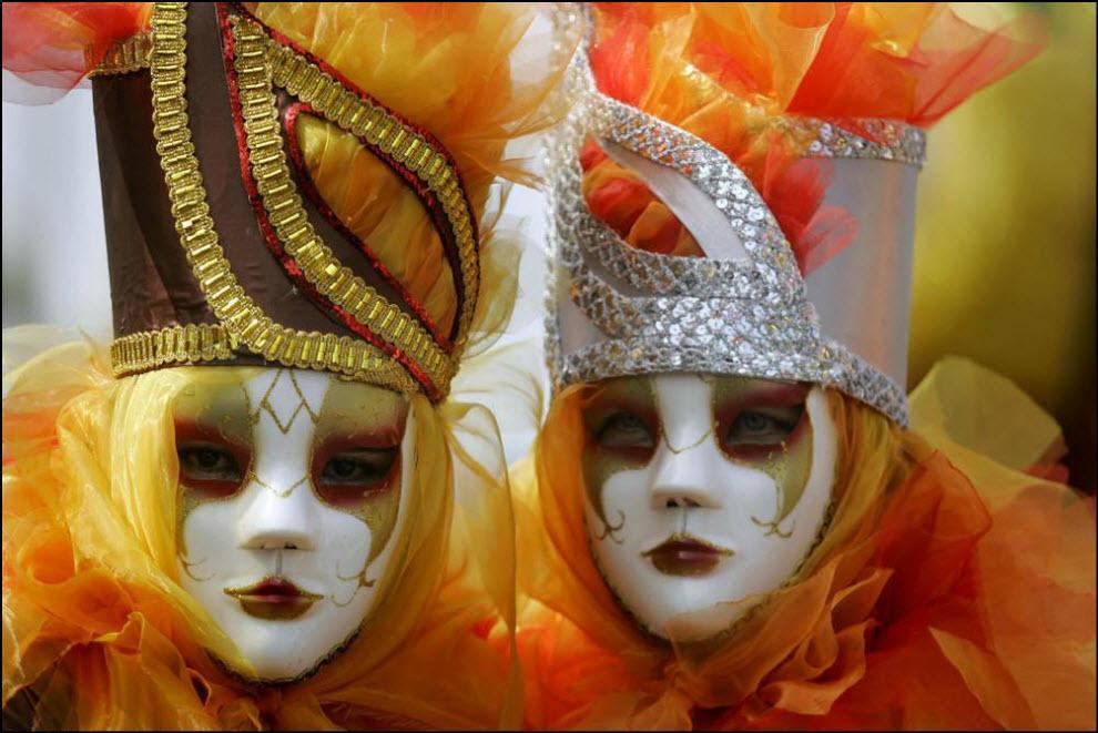 51) Карнавал в Колумбии.