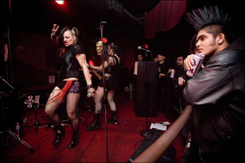 22) Выступление ``The Hell`` в Бостоне.