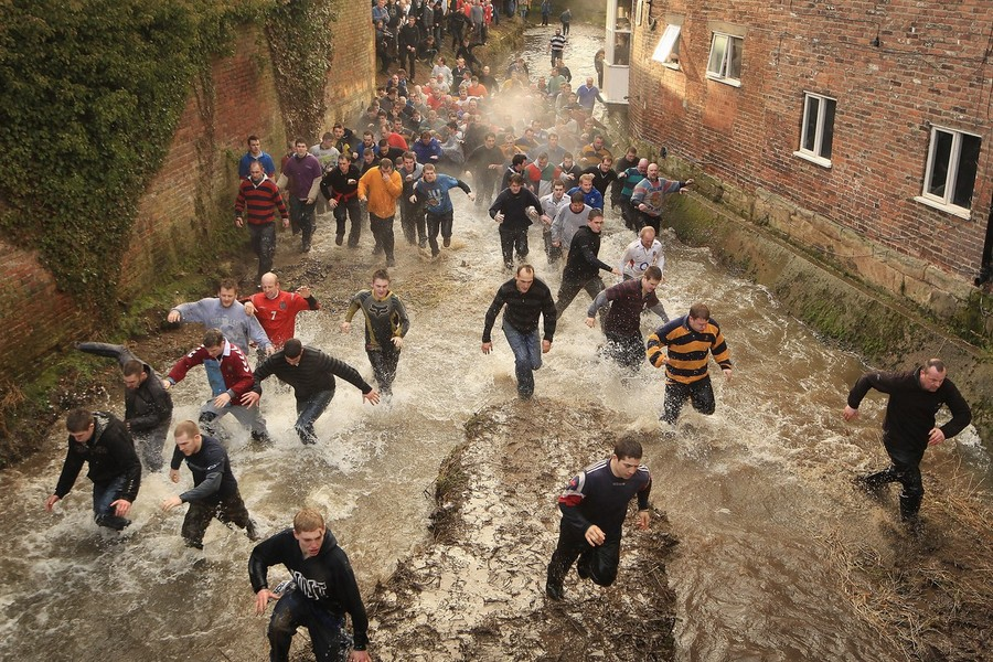 634 Дербиширский футбол без правил