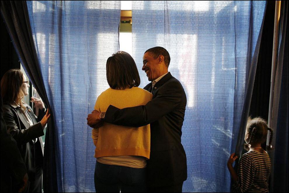 6) Несколько минут чтобы побыть вместе. Во время президентской кампании у Барака и Мишель почти не было времени на друг друга.