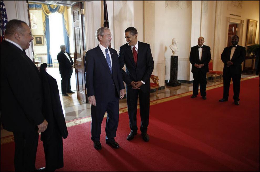 9) Джордж Буш младший и Барак Обама, день инаугурации 20 января, 2009, Вашингтон.