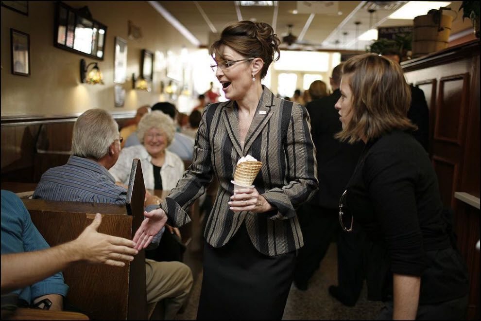 22) Сара Пэлин от партии Республиканцев в Висконсине.