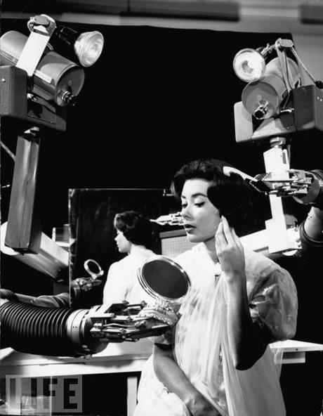 9. Вы чудесно выглядите, мисс. (фото:J. R. Eyerman/Time & Life Pictures/Getty Images). 1961 г.