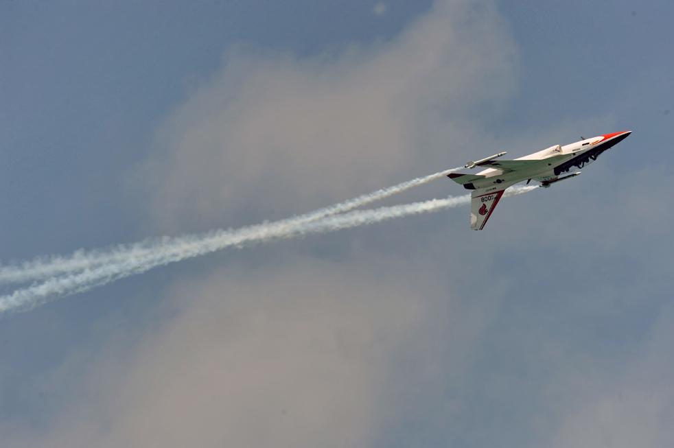 6. Самолет компании «Korean Aerospace Industries» на авиасалоне в Сингапуре 2 февраля. (AFP / Getty Images / Roslan Rahman)