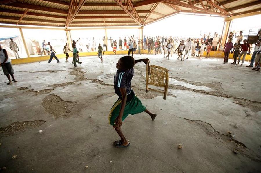 1115 orang Kristen terhadap vuduistov di Haiti