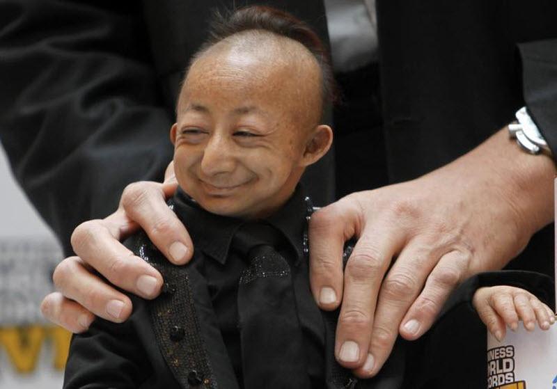 442 Умер самый маленький человек в мире