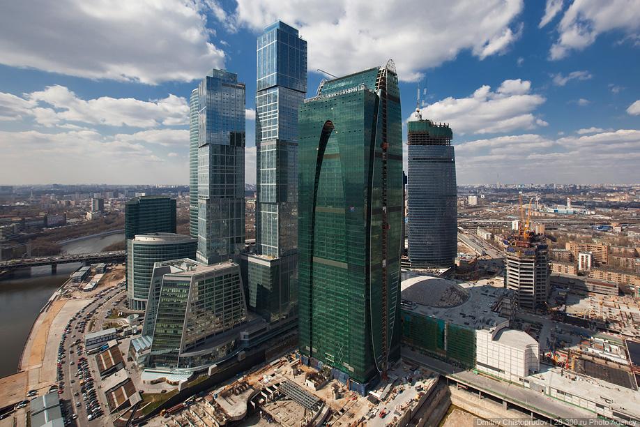 0415 Полеты над «Москва Сити»