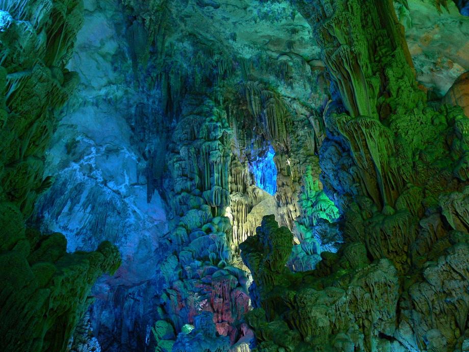0 26b75  Пещера Тростниковой флейты