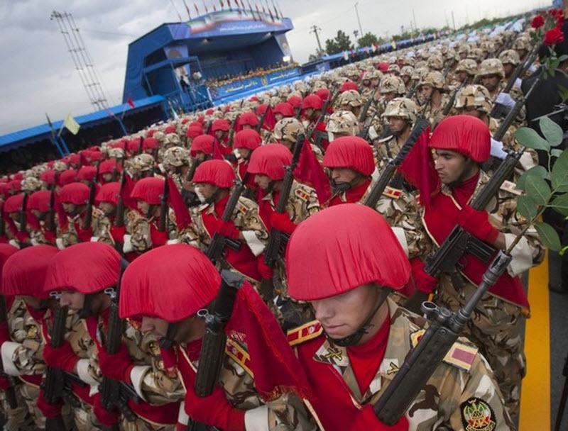 1163 Hari Angkatan Darat di Iran