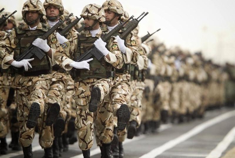 1540 Hari Angkatan Darat di Iran