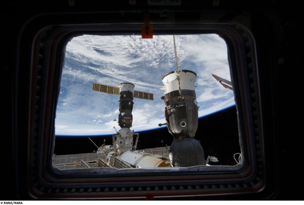 1718<br /> Миссия STS 131 (Часть 1)