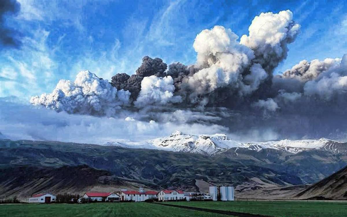 2104<br /> Извержение вулкана в Исландии (Часть 1)