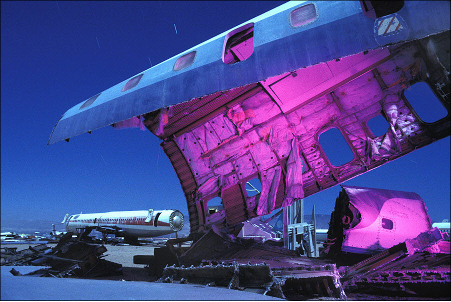 2122 Кладбища самолетов