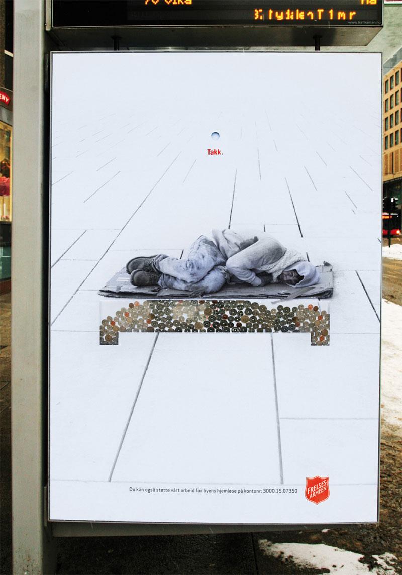 Очень интересная подборка фотографий связанная с деньгами и рекламой, а точнее деньгами в рекламе.