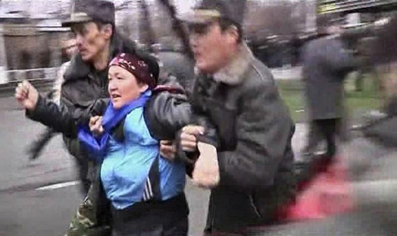 Революция в Киргизии (25 фото + видео) .
