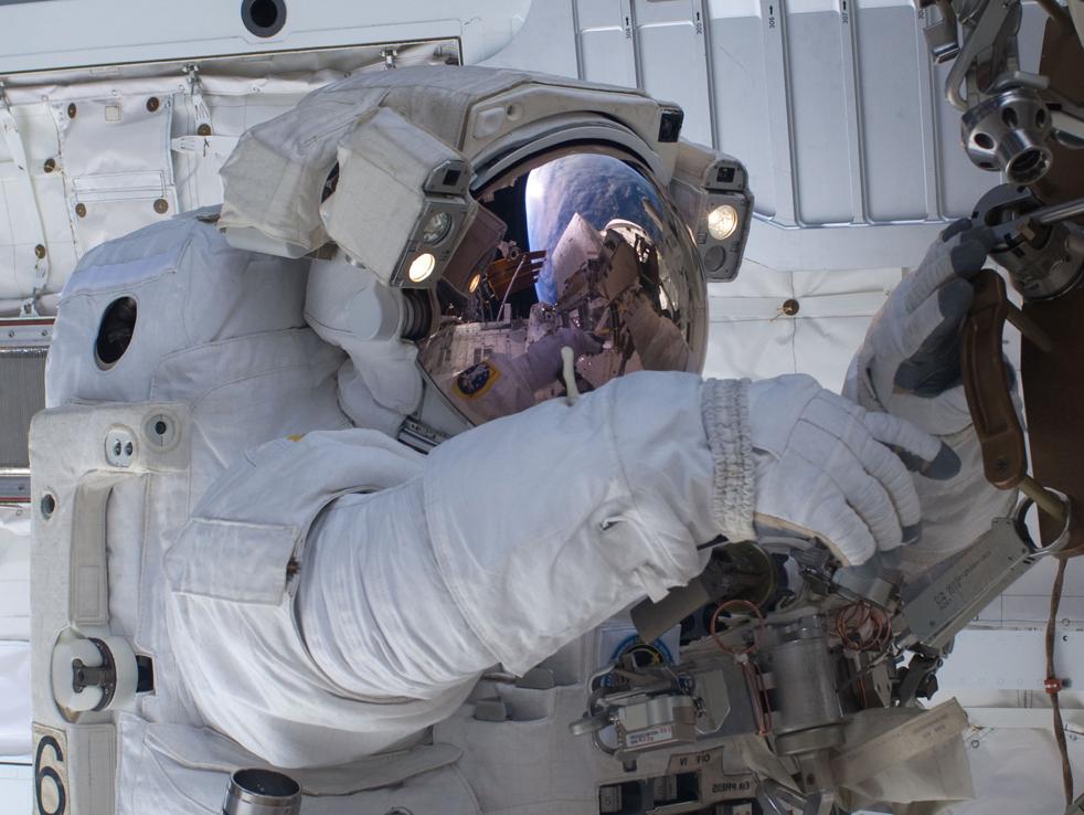 shuttleB 15 дневная миссия шаттла Discovery