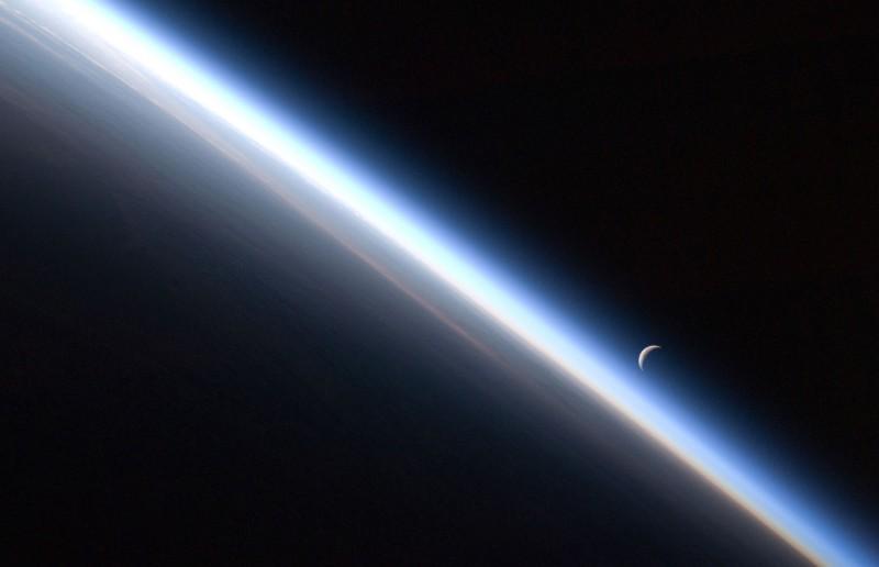 s04 4e01 800x516 Вокруг Солнечной системы
