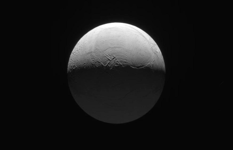 s07 0013 Снимки Сатурна и его спутников