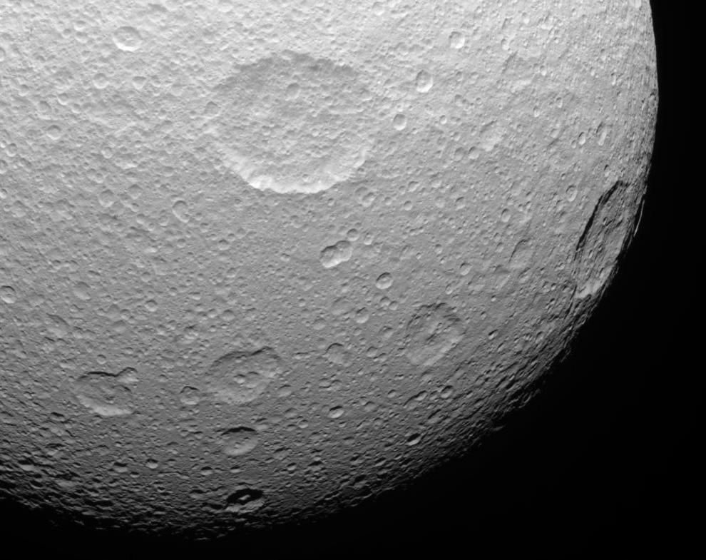 s16 0014 Снимки Сатурна и его спутников