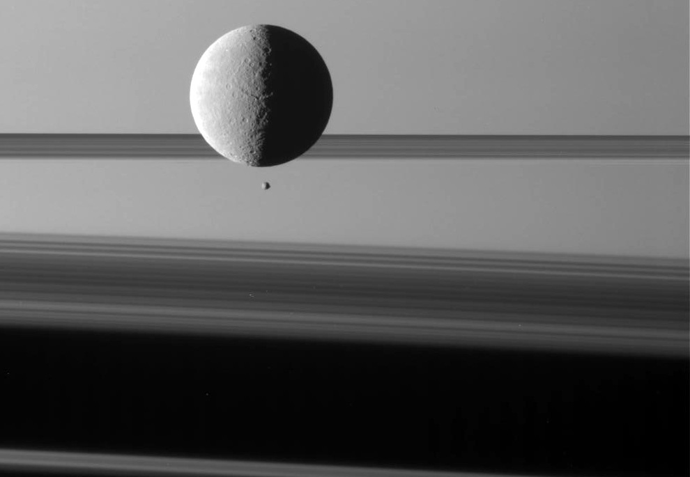 s18 0015 Снимки Сатурна и его спутников