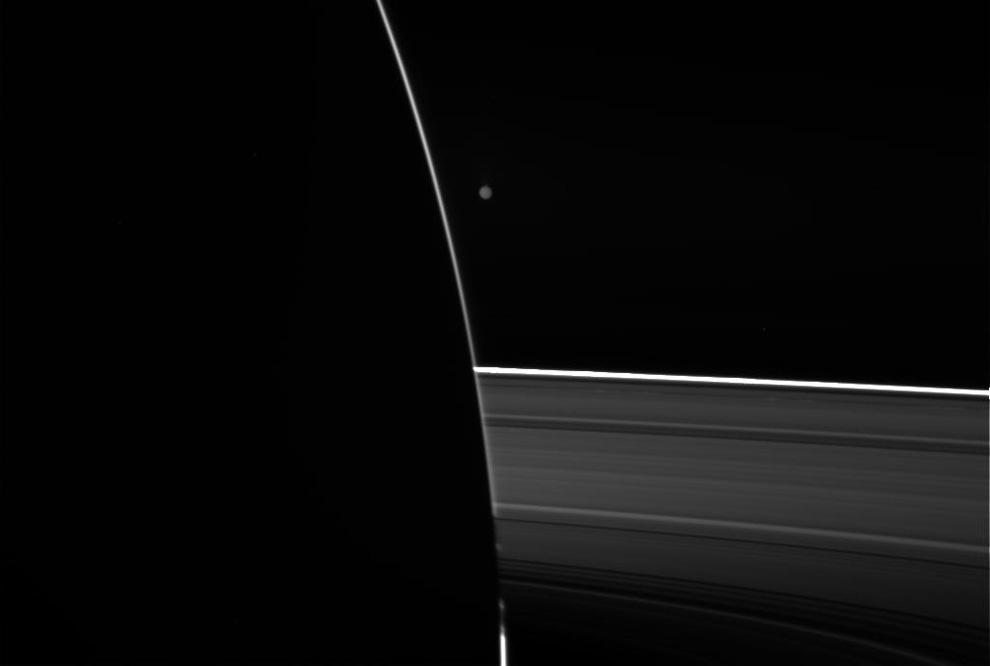 s19 0006 Снимки Сатурна и его спутников