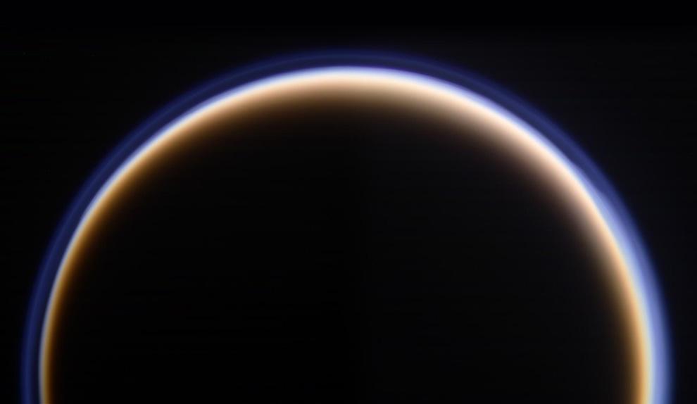 s30 pia1 Снимки Сатурна и его спутников