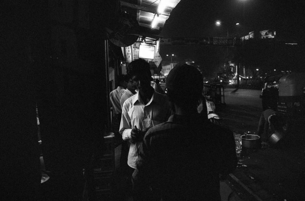 1020 990x652 Мужчины проститутки в Индии