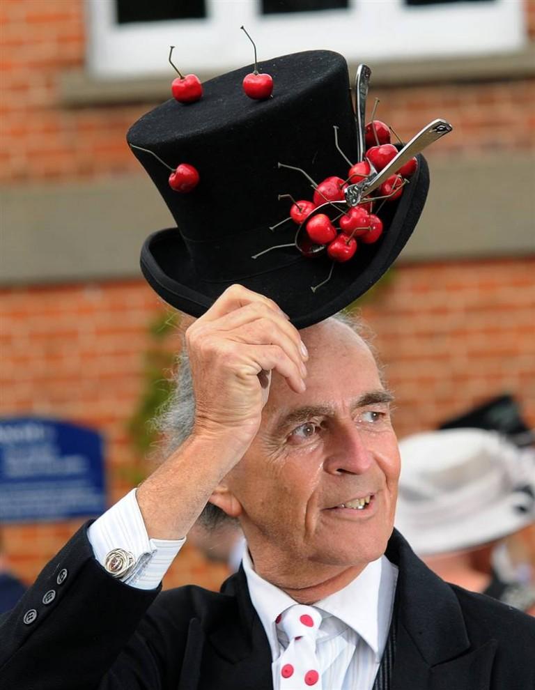 1160 768x990 Парад шляп на скачках Royal Ascot (Часть 2)