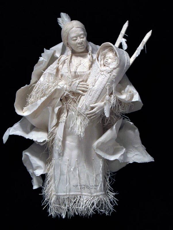 1562 Бумажные скульптуры