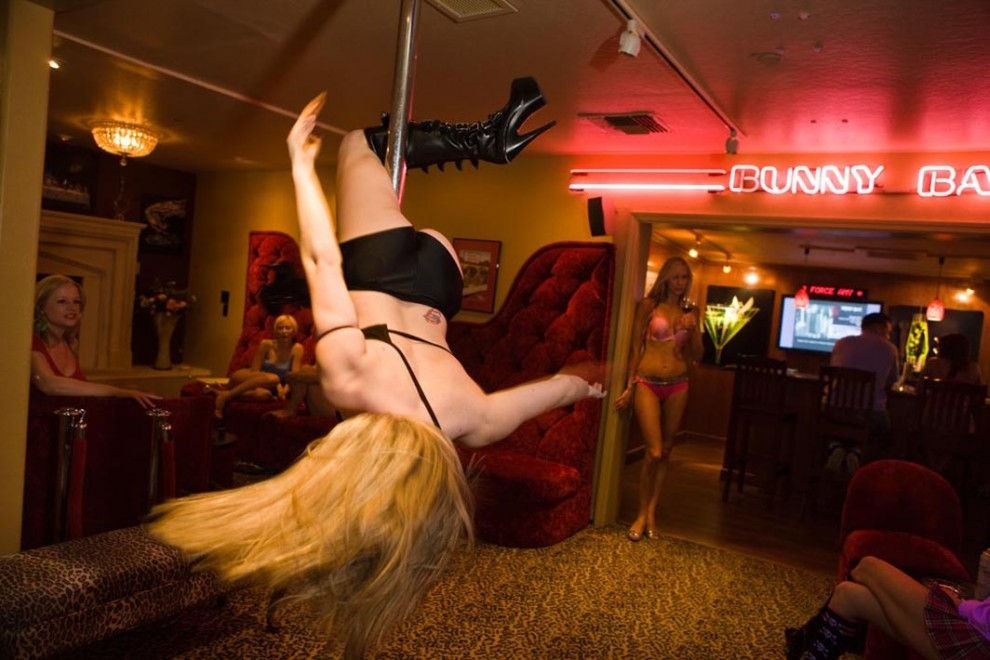 prostitutas poligono la cantueña lenocinio significado