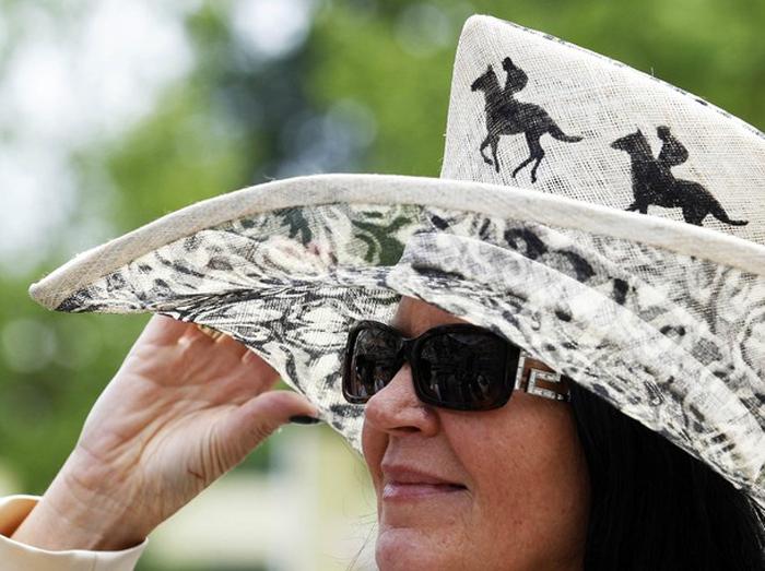 379 Парад шляп на скачках Royal Ascot (Часть 1)