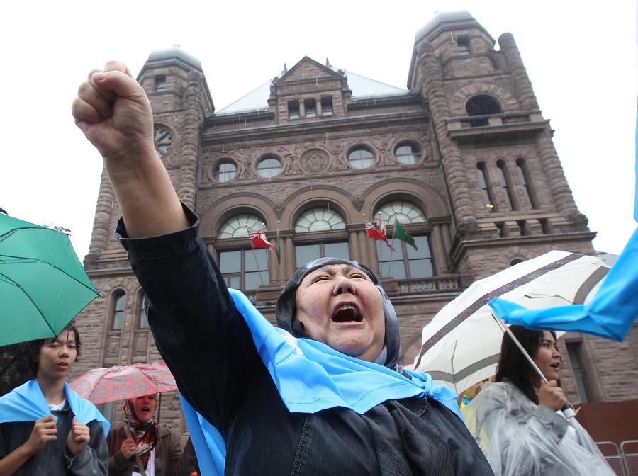 6a00d8364 Протесты в Торонто