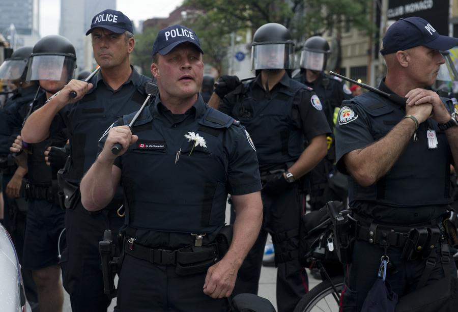 6a00d8384 Протесты в Торонто
