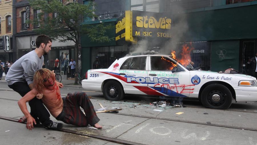 6a00d83W Протесты в Торонто