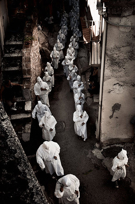 flagellanti08 upacara dera abad pertengahan di Italia