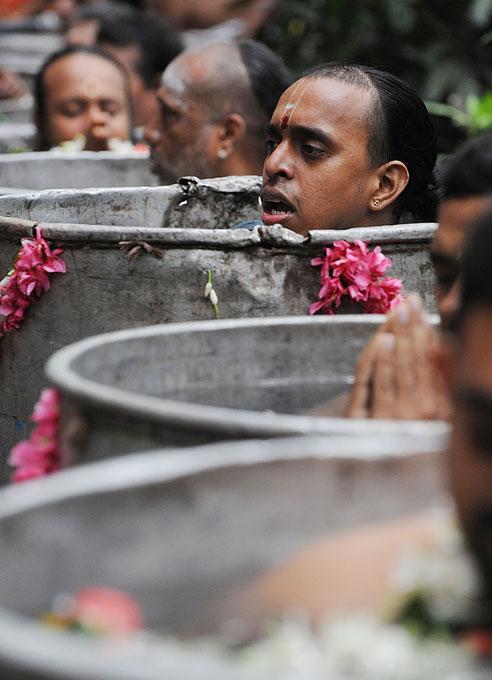 gambar 26 454 Hindu hujan menyebabkan