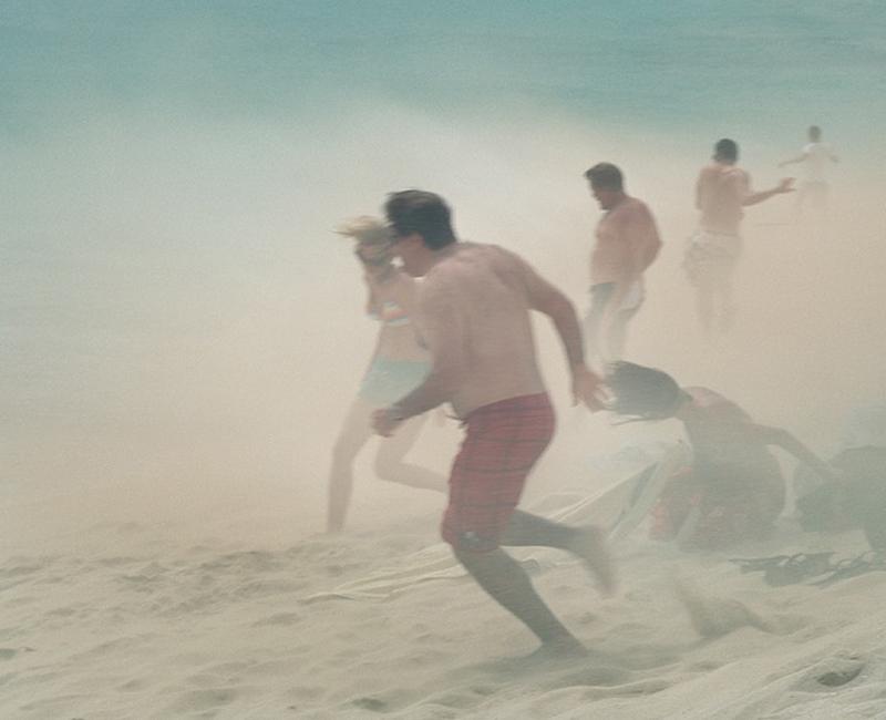 Maho Pantai thomaspr: liburan Ekstrim di bawah sayap pesawat terbang