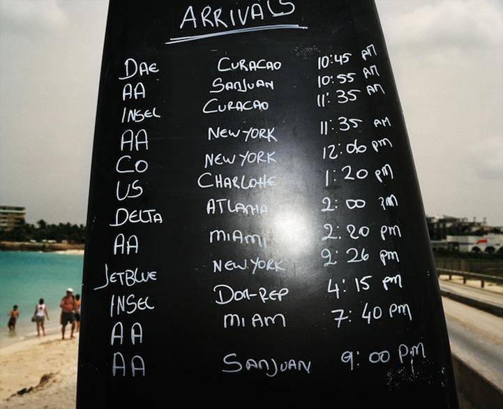 Maho Pantai thomaspriorlast: liburan Ekstrim di bawah sayap pesawat terbang